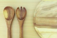 Cucharas de madera de la ensalada Imagenes de archivo