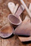 Cucharas de madera usadas Fotos de archivo libres de regalías