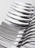 Cucharas y forkes Fotografía de archivo