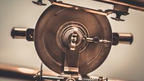 Cuchilla de corte serrada acero industrial foto de archivo