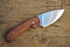 Cuchillo de caza hecho a mano Imágenes de archivo libres de regalías