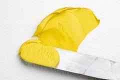 Cuchillo de gama de colores del artista Imágenes de archivo libres de regalías
