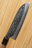 Cuchillo del acero de carbono de Damasco del japonés Fotografía de archivo