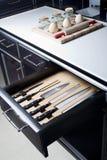 Cuchillo fijado en cocina moderna Fotos de archivo libres de regalías
