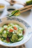 Cucina asiatica, insalata del cetriolo delle spezie Fotografie Stock