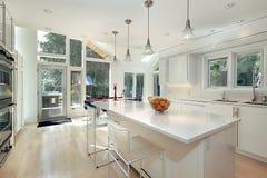 Cucina bianca lucida Fotografia Stock