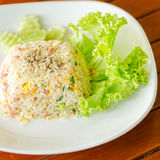 Cucina cinese - Fried Rice con le verdure e la carne fotografia stock