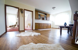 Cucina del pavimento di legno duro Fotografie Stock