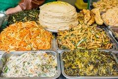 Cucina dell'alimento della via del cinese tradizionale nella porcellana di Schang-Hai Immagini Stock