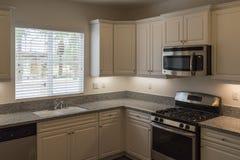 Cucina della casa di modello, California Fotografie Stock
