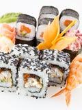 Cucina giapponese - insieme dei sushi Fotografia Stock Libera da Diritti