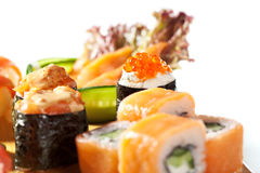 Cucina giapponese - insieme dei sushi Fotografie Stock Libere da Diritti