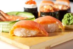 Cucina giapponese - insieme dei sushi Immagine Stock Libera da Diritti