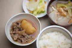 Cucina giapponese Nikujaga (carne-patata) Immagini Stock Libere da Diritti
