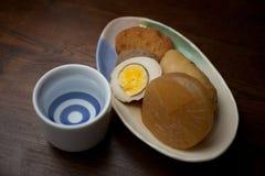 Cucina giapponese Oden e causa Fotografia Stock