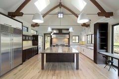 Cucina moderna lucida fotografie stock libere da diritti