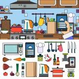 Cucinando a casa facendo uso del app online Immagini Stock Libere da Diritti