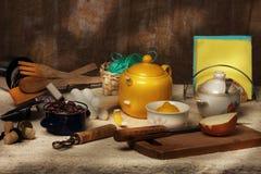 Cucinare-tabella Immagine Stock