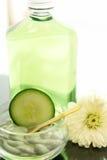 Cucumber spa behandeling stock foto's