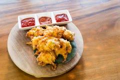 Cucur bawang of uifritters, het populaire voedsel van Maleisië royalty-vrije stock foto