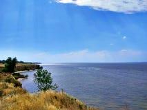 Cudowna szeroka Zaporoska rzeka Wysoki brzeg stromy Zdjęcia Royalty Free