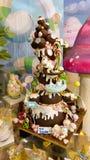 Cudowny tort z jednorożec przy czekoladową fabryką Caffeina bożych narodzeń wioska obrazy stock