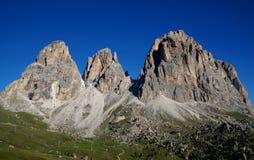 Cudowny widok distinctiv sassolungo góry grupa w dolomitach Obraz Stock