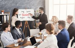 Cudzoziemski partner robi biznesowej prezentaci obrazy royalty free