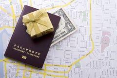 Cudzoziemski paszport zdjęcia royalty free