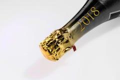 Cuello de oro del champán con la inscripción 2018 Imagenes de archivo