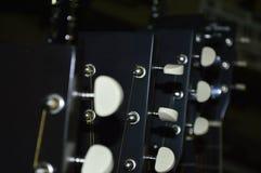 Cuello y secuencias de la guitarra fotografía de archivo libre de regalías