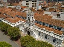 Cuenca Ecuador/Oktober 21, 2017 - flyg- sikt av den iconic nollan arkivbilder
