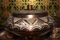 Cuenco de azúcar antiguo del estilo del otomano Foto de archivo