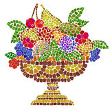 Cuenco de cerámica con las frutas Foto de archivo