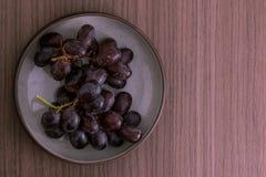 Cuenco de uvas Fotos de archivo