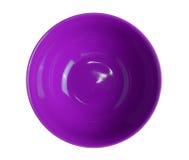 Cuenco vacío púrpura de la visión superior aislado en el fondo blanco Fotos de archivo