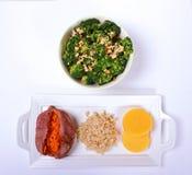 Cuenco vegetal sano con tres lados sanos foto de archivo