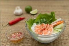 Cuenco vietnamita de los tallarines del camarón Foto de archivo libre de regalías