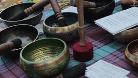 Cuencos del canto del tibetano metrajes