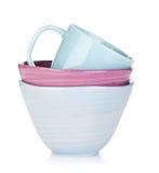 Cuencos y taza coloridos Fotos de archivo libres de regalías