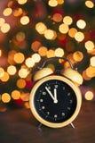 Cuenta descendiente festiva del despertador del vintage Fotos de archivo libres de regalías
