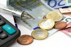 Cuenta euro del dinero Fotos de archivo libres de regalías