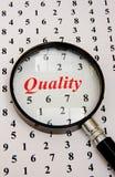 Cuentas de la calidad. ¿Insignia o marcado en caliente? Imágenes de archivo libres de regalías