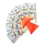 cuentas del Ciento-dólar y una flecha roja Foto de archivo libre de regalías