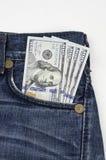 $100 cuentas los E.E.U.U. en bolsillo Imagenes de archivo