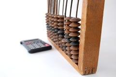 Cuentas y calculadora viejas Fotografía de archivo libre de regalías
