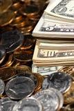 Cuentas y monedas de dinero del efectivo Imagen de archivo libre de regalías