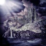 Cuento de hadas. castillo y pueblo de la fantasía Foto de archivo libre de regalías