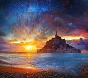 Cuento de hadas, Mont Saimt Michel mágico, Normandía, Francia fotos de archivo libres de regalías