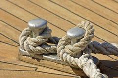 Cuerda de la amarradura Imágenes de archivo libres de regalías